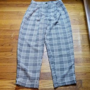 Black and White H&M pleated pants